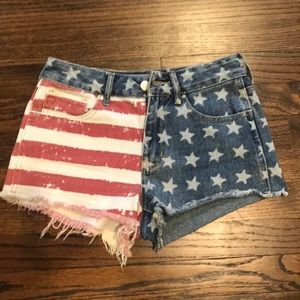 Adorable American flag jean shorts